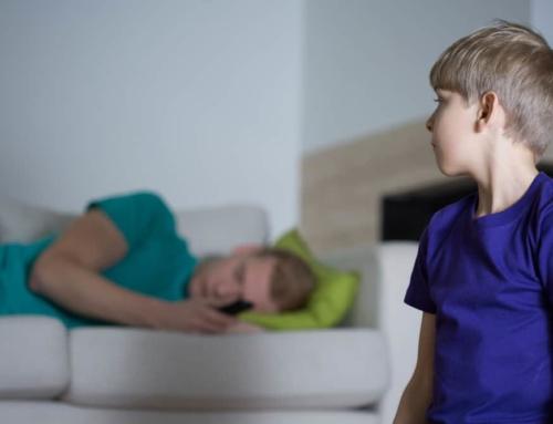 El 11% de los menores viven sin sus papás, y el 27% vive solamente con uno de los dos.